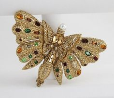 ULTRA RARE Vintage CINER HUGE COLORFUL CRYSTAL BUTTERFLY BROOCH w/ TAG ESTATE