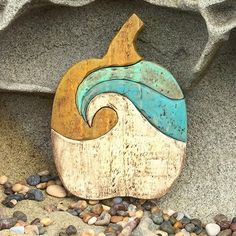 #woodworking #woodcrafts #scrollsaw #scrollsawart #woodpumpkin #beachdecor #shabbychic #fall #homedecor #farmhouse #diy #crafts #holidaydecor #falldecor #wave #beach #ocean