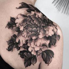 Tattoo by Fibs Peony Flower Tattoos, Flower Tattoo Drawings, Peonies Tattoo, Flower Tattoo Designs, Flame Tattoos, Body Art Tattoos, Hand Tattoos, Sleeve Tattoos, Japanese Peony Tattoo