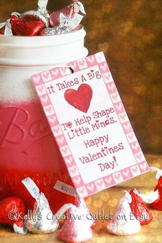day gifts for teachers crafts Valentines Decor - Teacher Gift - Teacher Mason Jar - Teacher Appreciation - Gif. day gifts for teachers crafts Valentines Decor - Teacher Gift - Teacher Mason Jar - Teacher Appreciation - Gif. Valentines Bricolage, Kinder Valentines, Valentine Day Crafts, Valentine Decorations, Valentine Gifts For Teachers, Pot Mason Diy, Mason Jar Crafts, Mason Jars, Teacher Appreciation Gifts
