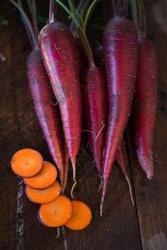Besides the appealing purple red color what really stood out to us was the crunch and flavor of this carrot, not over saturated with sweetness and has a wild, earthy side. Colorful inside and out, the