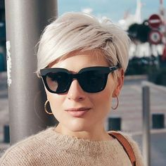 Short Grey Hair, Short Blonde, Short Hair Cuts For Women, Blonde Pixie, Short Bob Hairstyles, Cool Hairstyles, Corte Y Color, Great Hair, Hair Today
