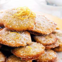 Sitruunaiset pikkuleivät | Maku Lemon Cookies, No Bake Cookies, Baking Cookies, Cake & Co, Cake Pops, Cookie Recipes, Biscuits, Sweet Tooth, French Toast