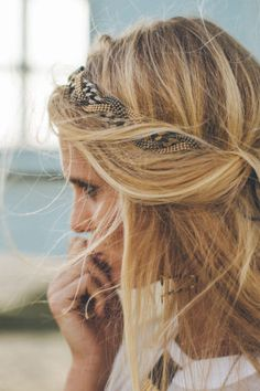 Chevelure wavy : 20 inspirations chez les stars - Coiffure - Be My Hairstyle, Boho Hairstyles, Pretty Hairstyles, Wedding Hairstyles, Hair Day, Hair Inspiration, Hair Clips, Blonde Hair, Your Hair