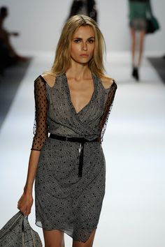 Showing some #Shoulder at @charlotte ronson #MBFW