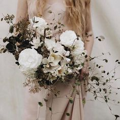 Gorgeous @soilandstem bouquet with #froufrouchic. Photo by @mandinelson_, styling by @tesscomrie, dress @thelaceatelier #ffcbouquets #Regram via @www.instagram.com/p/Bb_Gw3YHDhI/?saved-by=gatheriecreative