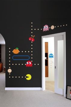 In this PAC-MAN wall decal, Blinky, Pinky, Inky and Clyde quickly roam the maze while trying to catch PAC-MAN. Watch out for Inky, he