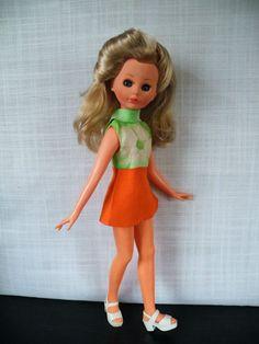 Italocremona Corinne, blond haar, origineel jurkje en schoentjes, 37 cm