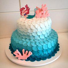 Bolo Pequena Sereia - Little Mermaid Cake - Cake Design - Bolo Decorado  www.deliciasdajaciara.com