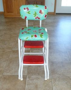 How cute is this one!?! Stamps and Stitches: retro kitchen stool makeover #KitchenChair