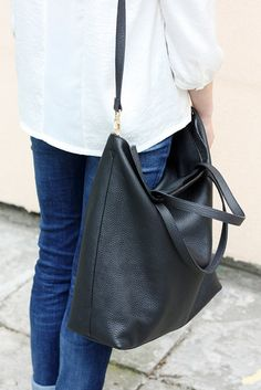 ♡ Is this bag too big for you? We have a smaller version: http://etsy.me/28MXkOM ♡ This tote is made from pebbled Italian leather and it features a top zip & a shoulder strap. Its the perfect everyday bag, slouchy - falls beautifully to the side when carried. The straps are strong & the