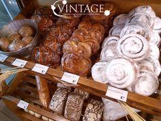 В нашем виномаркете #Vintage вы всегда можете найти свежие булочки!  Ждем Вас по адресу: г. Днепропетровск, Катеринославский  бульвар, 1, МФК « #CascadePlaza », 1 этаж, винный супермаркет и ресторан «VINTAGE», тел. (056) 732-37-99 тел. ресторана (067) 567-10-91, (056) 732-38-09  http://vintage-club.com.ua/  #bun #cookie #vintagemarket #винтаж #винтажмаркет #булочки #булки #булочка #булка #выпечка