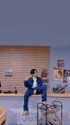 Il avait pour but de rendre jalouse son ex ... Mais rien ne se passe … #fanfiction # Fanfiction # amreading # books # wattpad Bts Jungkook, Foto Bts, Suga Wallpaper, Bts Wallpapers, Bts Playlist, Bts Aesthetic Pictures, Bts Korea, Jung Kook, Kpop