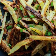 Crispy Baked Garlic Parmesan Fries are crispy on the outside and soft on the inside, the easiest skinny Baked Fries you will ever make! Only 6 ingredients but pack a phenomenal fresh herb taste! | joyfulhealthyeats.com #recipes #glutenfree Easy Healthy Recipes
