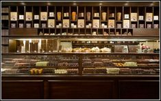 Best-Display-Arrangement-Chocolate-Store