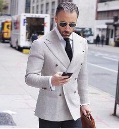 Vê esta foto do Instagram de @suit.world • 890 gostos