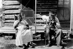 An older couple rest at the end of a workday on a plantation, most lived in the south but these were in Tennessee. as you can see its a terrible & very hard life. Haitian Revolution, Black Delta, Swiss Bank, The Great Migration, Older Couples, Game Theory, Moving To California, Black Families, Old Farm