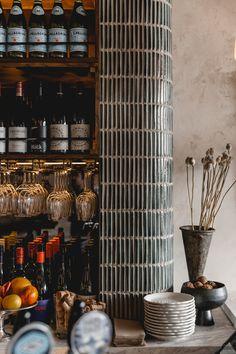 New Zealand Eateries Australian Interior Design, Interior Design Awards, Restaurant Interior Design, Architecture Restaurant, Modern Restaurant, Restaurant Bar, Plywood Furniture, Design Furniture, Commercial Design