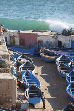 Boats and wave, Taghazout