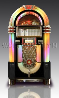 Rock-Ola Bubbler CD iPod Jukebox - Black Music Tv, Music Games, California Usa, Great Britain, Jukebox, Old Things, Things To Sell, Game Room, Light Up