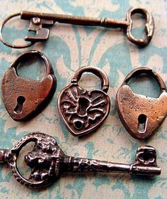 more heart Lock and Key Under Lock And Key, Key Lock, Antique Keys, Vintage Keys, Cles Antiques, Old Keys, Knobs And Knockers, Key To My Heart, Old Doors