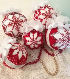 handmade Christmas balls you would want to keep Folded Fabric Ornaments, Quilted Christmas Ornaments, Christmas Baubles, Handmade Christmas, Christmas Crafts, Christmas Decorations, Christmas Quilting, Snowflake Quilt, Snowflakes