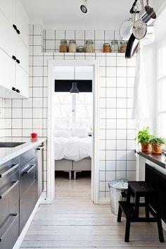 minimalist interiors — minimalist-interiors:   for more minimalism :...
