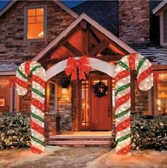 7 Foot LIGHTED OUTDOOR CHRISTMAS CANDY CANE ARCH Yard Art Display Decoration