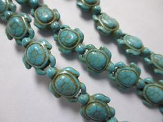 TURTLE BLUE TURQUOISE 69 Beads Thick Howlite by BeansterGoods