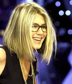Frisuren feines Haar mittellang mit brille