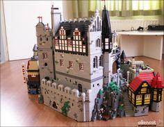 Brick Projects, Lego Projects, Lego Burg, Lego Spiderman, Lego Universe, Amazing Lego Creations, Lego Modular, Lego Construction, Lego Worlds