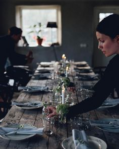 "agnes cecilia gällhagen (@cashewkitchen) on Instagram: ""Natalie of @babes_in_boyland setting the table for last night's dinner """
