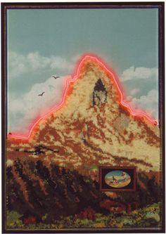 Mont Cervin 4478 meter. Lichtobjecten van Woody van Amen. Assemblage met wol en neon, 1972