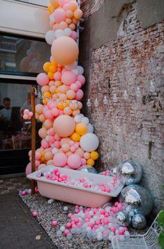 Balloon Arch, Balloon Garland, Balloon Decorations, Birthday Party Decorations, Balloon Wall, Diy Photo Backdrop, Baby Shower Gender Reveal, Birthday Photos, Birthday Balloons