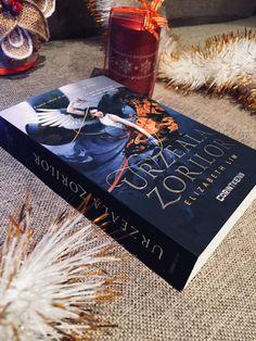 Urzeala zorilor de Elizabeth Lim, seria Sânge de stele, Editura Corint - recenzie Stele, Project Runway, Lime, Books, Limes, Libros, Book, Book Illustrations, Key Lime