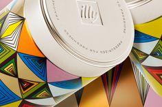 Nuovo barattolo di caffè illy Art Collection