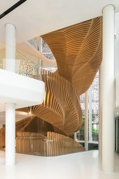 ora ito sculpts parametric staircase for LVMH's media division office in paris Architecture Baroque, Parametric Architecture, Stairs Architecture, Parametric Design, Architecture Details, Interior Architecture, Oak Stairs, Staircase Railings, Modern Staircase