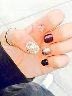 September fall gel nails with maroon, black, and sparkles #gel #cute #fall