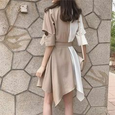 Image may contain: one or more people and people standing Summer Fashion Outfits, Hijab Fashion, Korean Fashion, Love Fashion, Girl Fashion, Fashion Dresses, Fashion Looks, Womens Fashion, Fashion Design