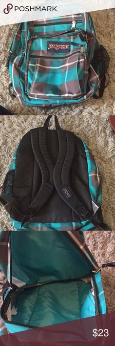 BACKPACK In perfect condition, had lots of compartments Jansport Bags Backpacks