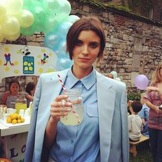 light blue Stella McCartney's garden party Baby Blue Suit, Stella Mccartney, Winter Love, Vogue, Spring Party, Minimal Fashion, Playing Dress Up, Suits For Women, Dapper