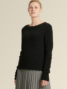 Tactility is a major key to elevating any look. This rib-knit sweater with a boatneck opening has luxurious hand courtesy of a subtle textured finish. Cashmere Turtleneck, Ribbed Sweater, Cashmere Sweaters, Fox Coat, Best Casual Outfits, Faux Shearling Coat, Outdoor Wear, Color Block Sweater, Donna Karan