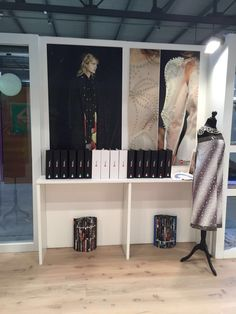 Linea Pelle 2016 - Stand Cim Italy - Borchie, Strass, Occhielli, Pietre e Perle che daranno particolarità alla moda 2017