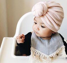 Adorable bang head knot and boho fringe fashion bib Little Babies, Little Ones, Cute Babies, Baby Kids, Baby Girl Fashion, Kids Fashion, Baby Turban, Baby Head, Stylish Kids