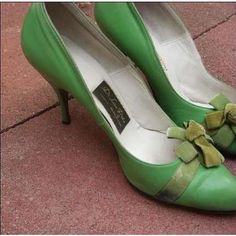 I need green shoes, too.
