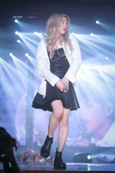 Barbie in real life wkwk Kim Jinhwan, Hanbin, Barbie In Real Life, Ikon Kpop, Ikon Debut, A Guy Who, Pink Love, New Kids, Yg Entertainment