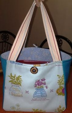 A Boxy Bag (A tutorial & Pattern)