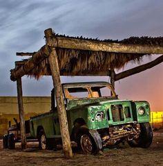 Land Rover Serie 1, Land Rover Defender 110, Landrover Defender, Abandoned Cars, Abandoned Vehicles, 4x4, Monster Trucks, Land Rovers, Defenders