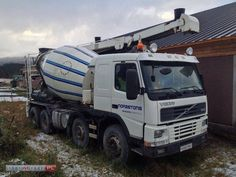 For sale Concrete Volvo FM 12 380, 8x4 Second Hand. Manufacture year: 2000. Mileage: 407000 km. Weight: 18000 kg.  Excellent running condition. Ask us for price. Reference Number: AC2414. Baurent Romania.