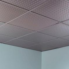 Fasade Diamond Plate 2 Ft X 2 Ft Revealed Edge Vinyl Lay In Ceiling Tile In Argent Silver L66 09 The Home Depot In 2020 Ceiling Panels Ceiling Tile Diamond Plate